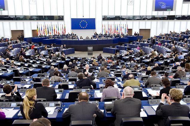 Kilépnek a Fidesz képviselői az Európai Néppárt parlamenti képviselőcsoportjából