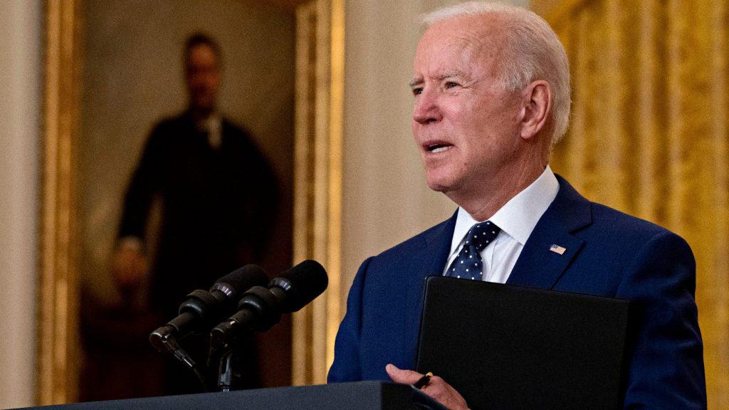 Menekültbefogadási kvóta: Biden megtört a nyomás alatt