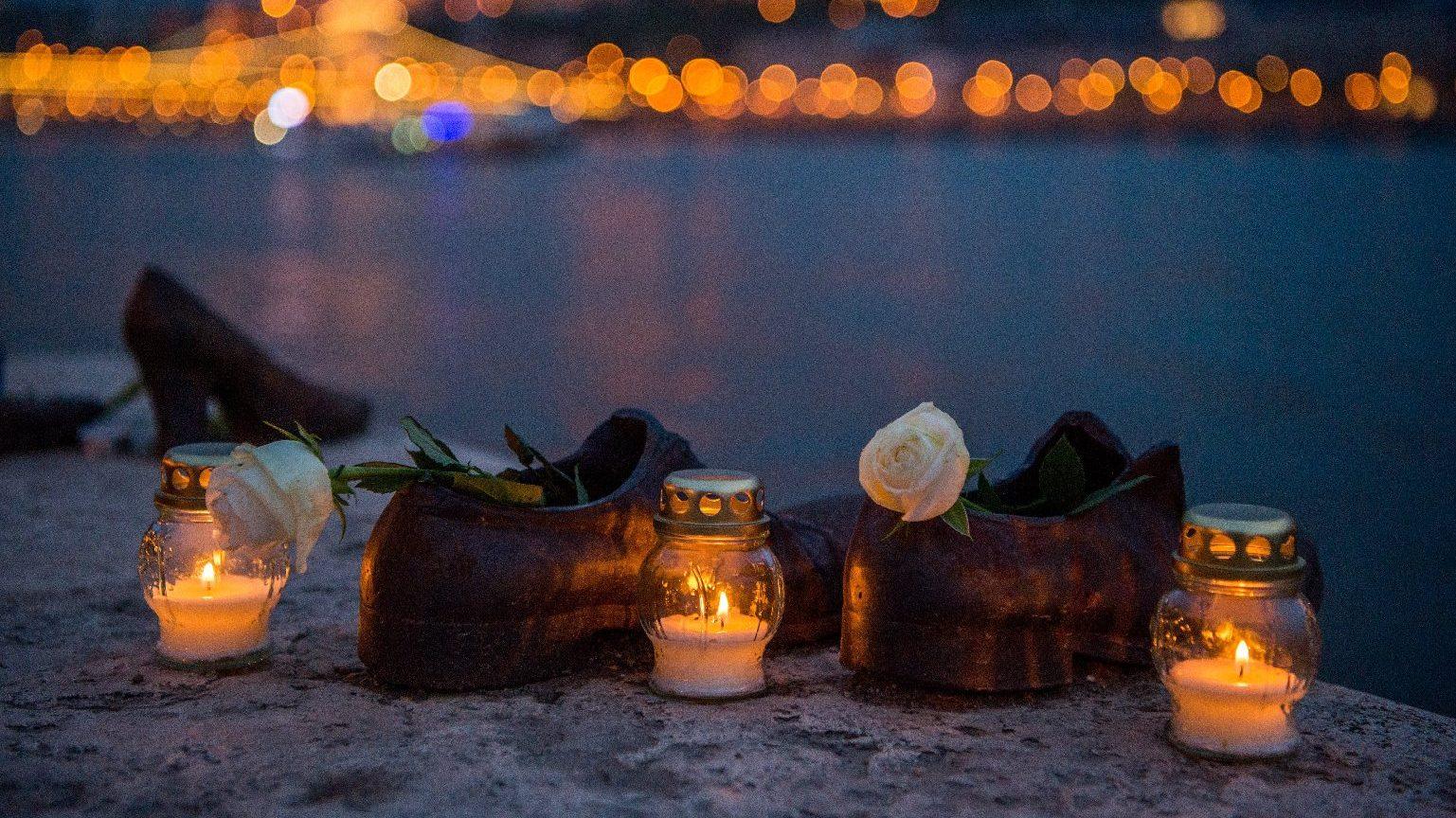 Másodpercek alatt döntöttek életről és halálról – A holokauszt magyar áldozataira emlékezünk