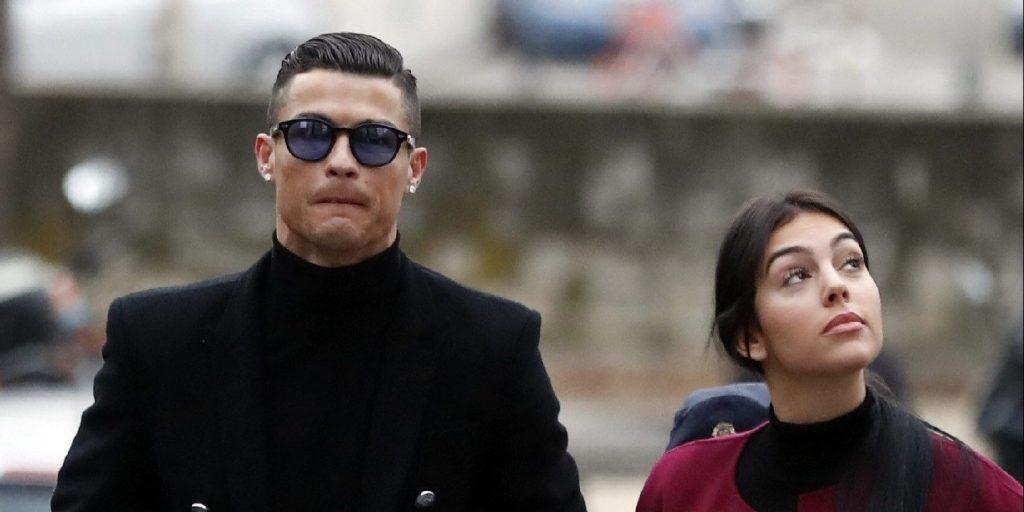Most minden kiderül! Ronaldo és barátnője beengedi a kamerákat az életébe