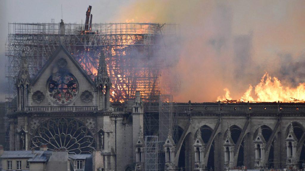 A nap, amikor lángokba borult Párizs ékköve, a Notre-Dame