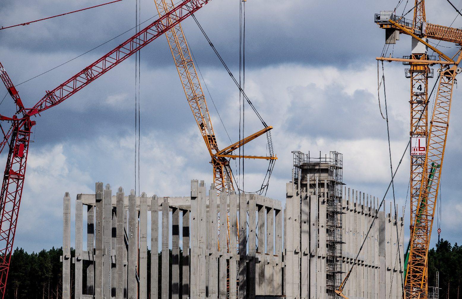 Egyetlen cég vágta zsebre a berlini migránslakás-építési megbízások közel felét