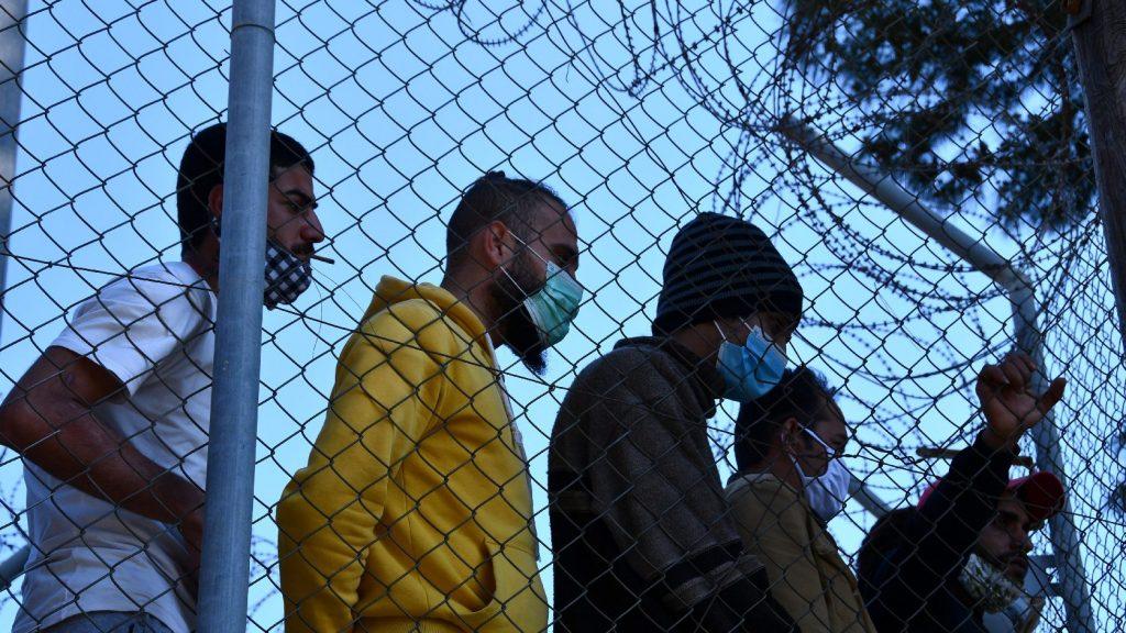 A koronavírus-járványt követően bevándorlók tízezrei zúdulhatnak Európára