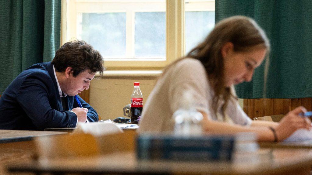 Német írásbelikkel folytatódnak az érettségi vizsgák