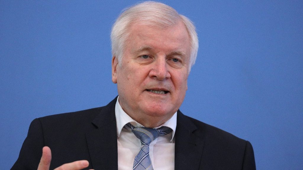 Így látja a migrációs politikát az ősszel távozó német belügyminiszter