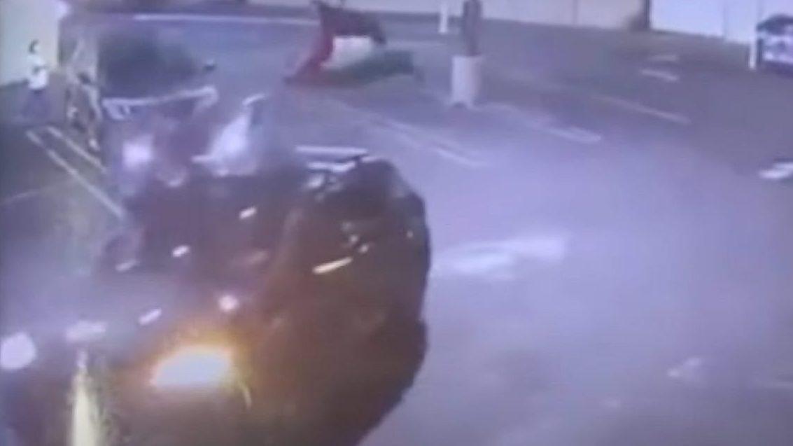 Két palesztin-zászlós autóval üldöztek egy zsidó származású férfit Los Angelesben