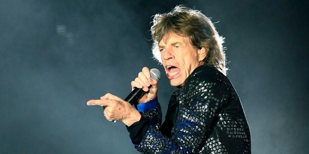 Mélyen a zsebébe kell nyúlnia annak, aki Mick Jagger kabátjában feszítene