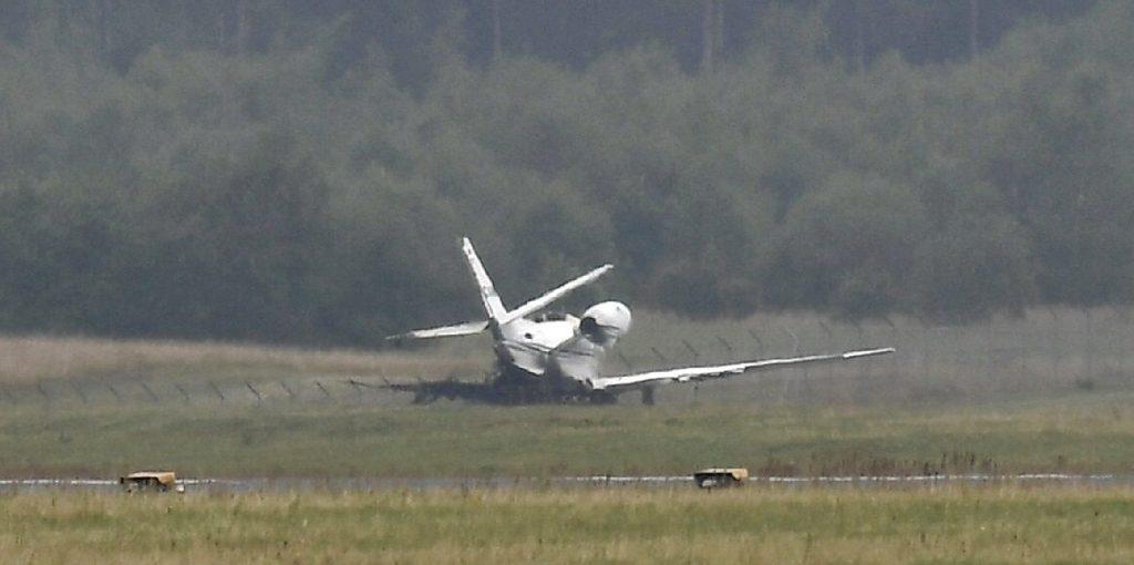 Lezuhant egy kisrepülő, a pilóta meghalt, öten megsérültek