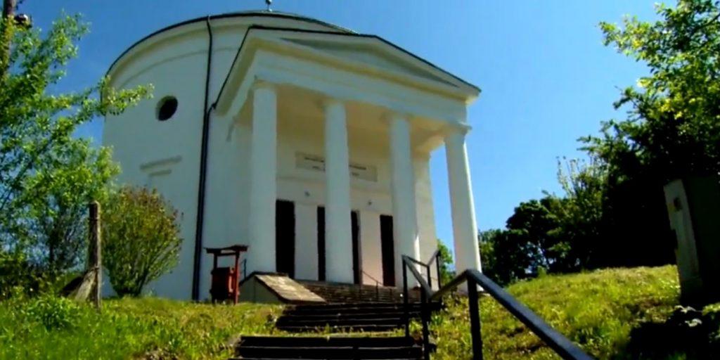 Bosszúból épült a Szalajka-völgyi templom