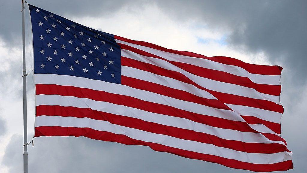 """""""A haza minden előtt"""" – Titkosszolgálati lehallgatások kontra polgári szabadságjogok az USA-ban"""