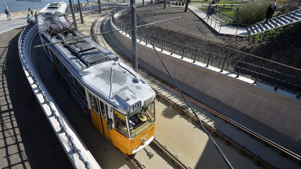 Hétvégén változik a dél-budai villamosok közlekedése