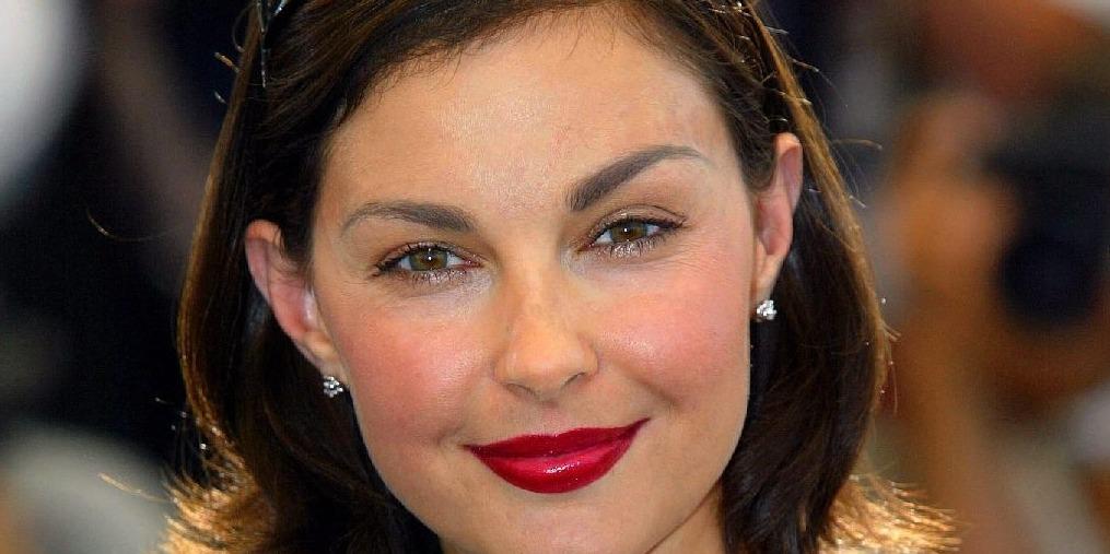 Fél év után ismét tud járni Ashley Judd
