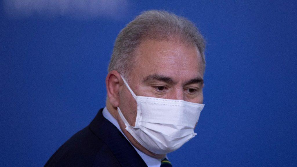 Pozitív lett a brazil egészségügyi miniszter tesztje