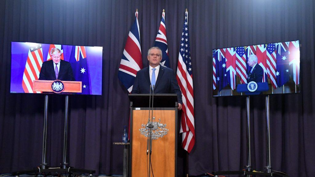 """""""Válságos a helyzet"""" – tovább gyűrűzik a tengeralattjáró-ügy a NATO-ban"""