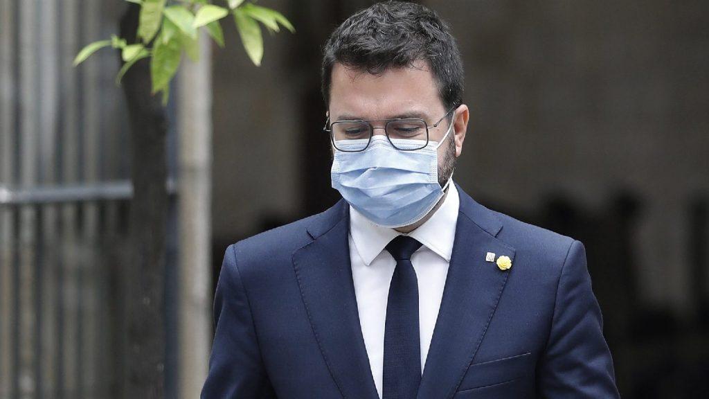 Egy bíró elrendelte Carles Puigdemont volt katalán vezető szabadon bocsátását