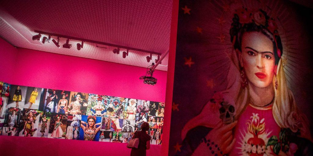 Rekord áron kínálják Frida Kahlo önarcképét