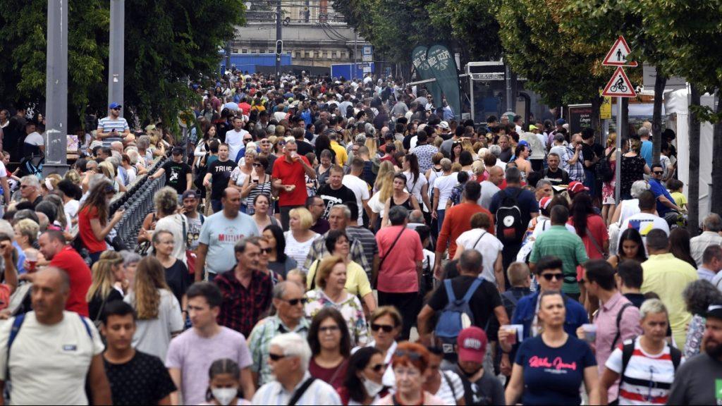 Négyszer szabadabbnak érzik magukat a magyarok, mint a németek – INFOGRAFIKA
