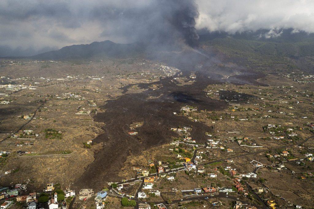 Katasztrófa sújtotta övezetté nyilvánították La Palma szigetét
