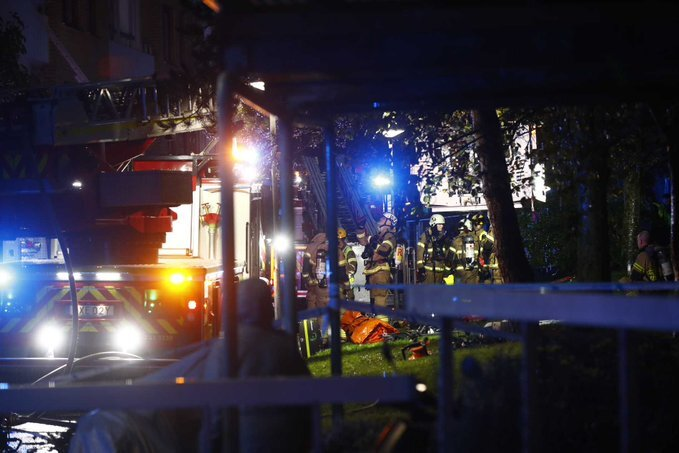 Bűnbandák leszámolási bosszúja lehetett a svéd lakóház robbantás - FOTÓ