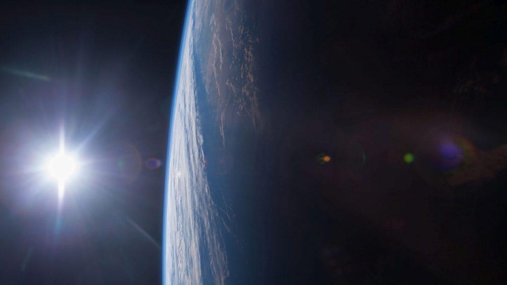 Megmutatjuk a világ első űrfotóját
