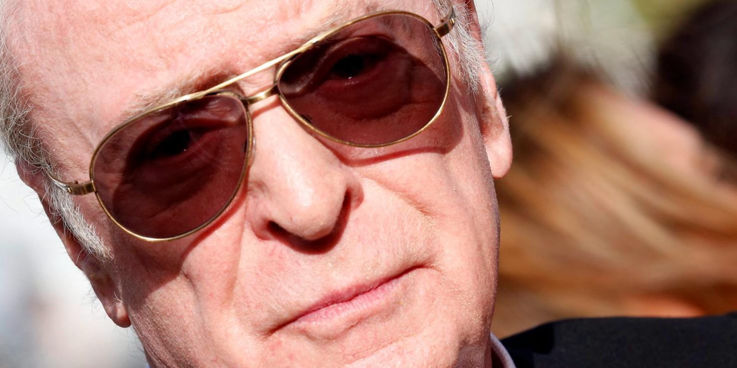 Michael Caine nyugdíjba vonul – ő azonban nem tud róla