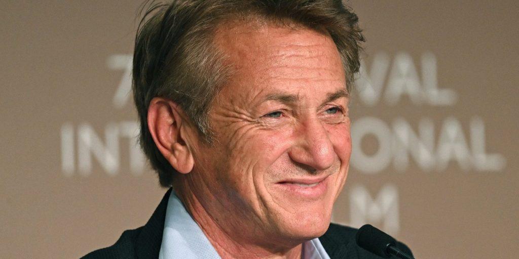 Egy év után válik harminckét évvel fiatalabb feleségétől Sean Penn