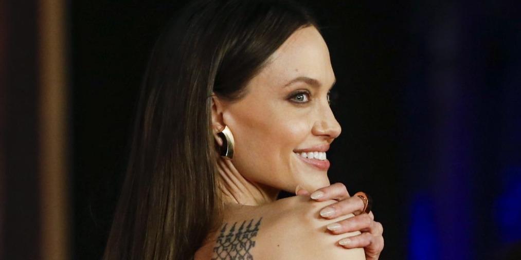 Angelina Jolie hajkatasztrófája után már nem is próbálkozik