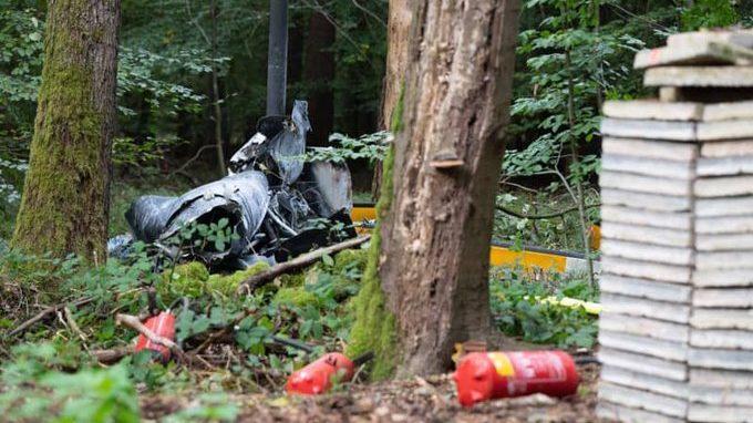 Hárman meghaltak egy helikopterbalesetben